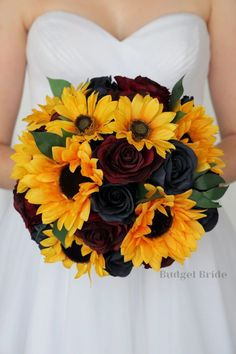 We care tons of stunning sunflower bouquet all made with artificial wedding flowers Fall Sunflower Weddings, Blue Sunflower Wedding, Sunflower Wedding Decorations, Sunflower Bouquets, Fall Wedding Bouquets, Fall Wedding Flowers, Fall Wedding Colors, Bride Bouquets, Rustic Wedding Decorations
