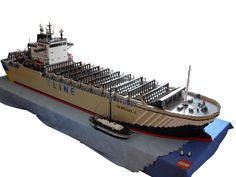 https://flic.kr/p/a7PbSN | Container Ship | This container ship is over 265 cm long. I had a real problem to put it thus in my room that I could enter my bed without jumping about it. The ship can hold 432 containers, but I´ve got only six.