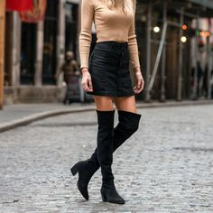 Black Knee High Boots Outfit, Tall Boots Outfit, Over The Knee Boot Outfit, Tall Fall Boots, Leather Over The Knee Boots, Leather Boots, Trendy Outfits, Fall Outfits, Fashion Outfits