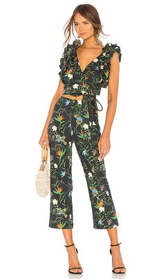 LPA Multi Ruffle Wrap Top en Paradis Tropical | REVOLVE