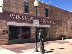 Route 12 of the Coolest Stops to Make in Arizona - Travel tips - Travel tour - travel ideas Arizona Day Trips, Route 66 Arizona, Arizona Travel, Route 66 Road Trip, Travel Route, Places To Travel, Places To Go, Historic Route 66, Family Road Trips