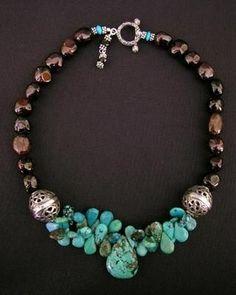 Tribal Jewelry, Bohemian Jewelry, Bohemian Necklace, Jewelry Art, Jewelry Crafts, Beaded Jewelry, Jewelry Necklaces, Turquoise Pendant, Turquoise Beads