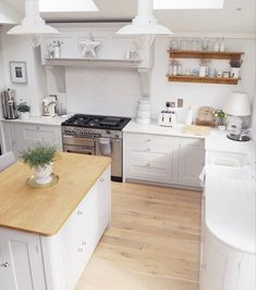 I spend a lot of time viewing the kitchen from this 'aerial view' type angle letting flies and bees out the roof windows. It looks quite good from up here though so I thought I would share it... . . . #home #homeinspo #homestyling #homestyle #homedesign #homedecor #interior #interiordesign #interiordecor #interiorstyling #interiorstyle #interiorideas #aquietstyle #kitchen #kitchendecor #kitchendesign #aerialview #fromuphere #monday #bankholiday #may