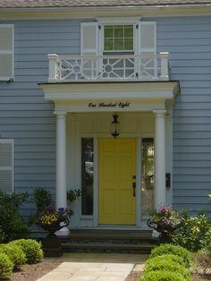 Blue house white trim yellow door wonderful paint my front door yellow gall Blue House White Trim, Yellow Front Doors, Design Living Room, Beach Cottage Style, Design Blog, Home Design Plans, Painted Doors, Entry Doors, Exterior Paint