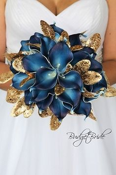 Blue Wedding Flowers Navy blue and Gold theme wedding flower brides bouquet Gold Wedding Bouquets, Lily Bouquet Wedding, Gold Bouquet, Gold Wedding Theme, Blue Wedding Flowers, Bride Bouquets, Bridal Flowers, Bling Wedding, Gold Flowers