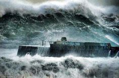 Portreath this morning!!!!! by charlie wingfield