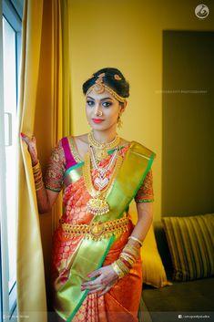 Fall Bridal Makeup Half Up 43 Super Ideas South Indian Wedding Saree, Indian Wedding Bride, Indian Bridal Sarees, Wedding Silk Saree, Indian Bridal Fashion, South Indian Bride, Indian Beauty Saree, Kerala Bride, Wedding Wear