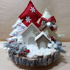 Ideas crochet christmas decorations disney - Happy Christmas - Noel 2020 ideas-Happy New Year-Christmas Christmas Candles, Christmas Centerpieces, Felt Christmas, Handmade Christmas, Christmas Wreaths, Christmas Ornaments, Christmas Holidays, Elegant Christmas, Pinterest Christmas Crafts