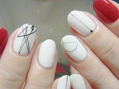 Beautiful nail art designs that are just too cute to resist. It's time to try out something new with your nail art. Minimalist Nails, Minimalist Beauty, White Nail Art, White Nails, Fun Nails, Pretty Nails, Glitter Nails, Nail Art Designs, Gloss Matte