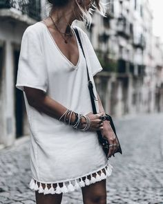 Minimalist Spring outfit ideas, tassel dress, white linen dress