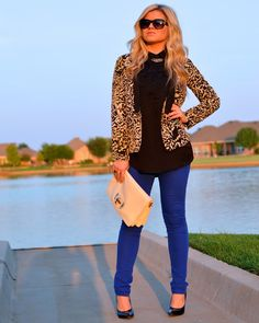 fall outfit idea || leopard blazer, black top, cobalt pants