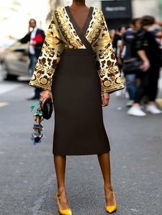 Look Fashion, Fashion Outfits, Womens Fashion, Fashion Tips, Fashion Design, Fashion Ideas, Retro Fashion, Casual Dress Outfits, Classy Outfits