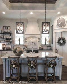 Creative Fall Kitchen Design Ideas For Home Decor Farmhouse Style Kitchen, Country Farmhouse Decor, Modern Farmhouse Kitchens, Kitchen Redo, Home Decor Kitchen, Rustic Kitchen, Home Kitchens, Kitchen Remodel, Kitchen Ideas