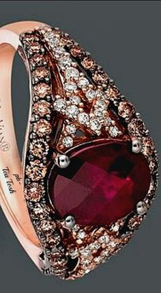 ❇Téa Tosh❇Le Vian 14k. Strawberry Gold Ring, Garnet, Chocolate Diamonds, & Vanilla Diamonds.