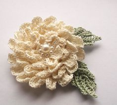 cream crochet brooch  handmade crochet brooch by SuzieSue1972, £7.50