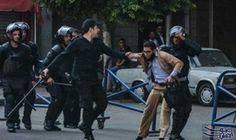 الأمن في بورسعيد يفرق مسيرة لمشجعي النادي…: صرح مصدر أمني ببورسعيد، بأن قوات الشرطة قامت مساء اليوم الأربعاء، بتفريق مسيرة قام بها عدة مئات…
