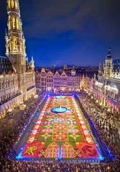 The Carpet of Flowers Festival - Grand Place, Brussels, Belgium | for the love of festivals - summer feelings - summer bucketlist