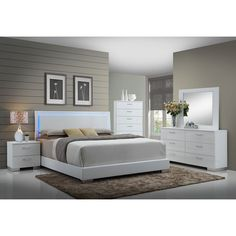 furniture master head boards 5 pc felicity iii contemporary style glossy white and chrome finish wood queen bedroom set with led paneled headboard White Bedroom Set, Bedroom Sets, Bedroom Decor, Wood Bedroom, Bedroom 2018, Bedroom Beach, Bedroom Colors, Bedroom Country, Bedroom Romantic