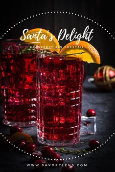 Santa's Delight – Ein Cranberry-Gin Cocktail - Detox drinks fat burning Tonic Cocktails, Best Gin Cocktails, Beach Cocktails, Wine Cocktails, Alcoholic Drinks, Cocktail Menu, Cocktail Glass, Signature Cocktail, Cocktail Recipes
