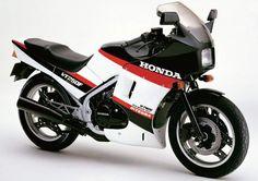 Honda VF400F | Hondas