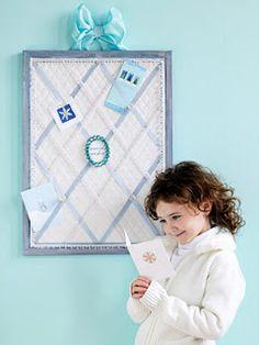 Chic and Cheap Lifestyle: DIY Corkboards for your office or your kids room / Paneles de corcho para tu oficina o para el cuarto de tu niños