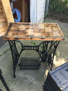 Singer sewing machine table makeover . Furniture flip . Custom table top and glass