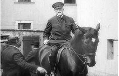 O zlém snu - Moderní československé dějiny - 2. světová válka a holocaust - Jeden svět na školách Horses, Animals, Historia, Animales, Animaux, Animal, Animais, Horse