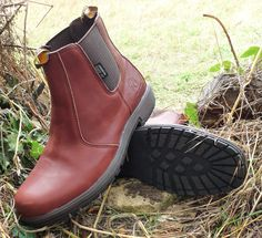 Cedar waterproof Chelsea boot with full grain leather upper. Available in sizes 3-12. Priced at £49.95