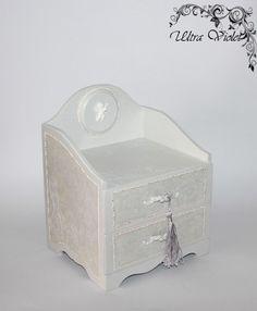 Kommode / Minikommode  Schatulle Box Holzbox von UltroViolet