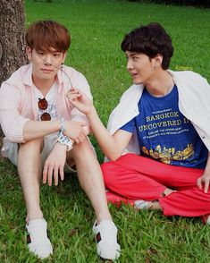 2moons The Series, 2 Moons, Five Star Hotel, Asian Actors, Gay Couple, Asian Boys, My Boyfriend, Boy Bands, Relationship Goals
