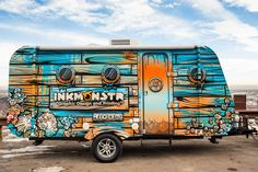 These 5 small trailer wraps provide a good dose of design inspiration for anyone looking to take on project that involves wrapping a utility trailer, RV, food truck, or a band equipment hauler. Small Trailer, Food Trailer, Foodtrucks Ideas, Vehicle Signage, Eco Friendly Cars, Caravan Renovation, Food Truck Design, Utility Trailer, Lifted Ford Trucks