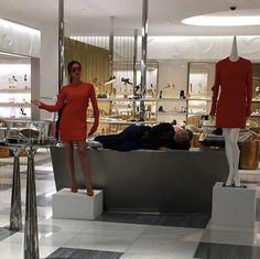 Pin for Later: Toutes les Fois Où Victoria Beckham Nous a Montré Son Sens de l'Humour Sur Instagram Quand Elle a Posé Comme un Mannequin