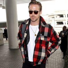 ryan-gosling-airport-style-2017.jpg