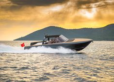 Foster + Partners combines cruising yacht and day boat with Alen 68