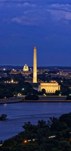 Enjoy night views in Washington DC