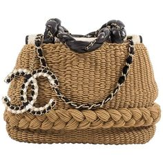 Preowned Chanel Spring-summer 2010 Woven Straw 'coco Country' Top... (€6.350) ❤ liked on Polyvore featuring bags, handbags, brown, purses, top handle bags, summer straw handbags, chain purse, man bag, hand bags and chain strap purse