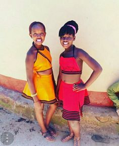 African Dresses For Kids, African Children, African Wear, African Women, Lulu Fashion, Style Fashion, South African Traditional Dresses, Xhosa Attire, African Design