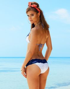 Viva Las Vegas Set in White & Navy  SHOP HERE: http://www.beachbunnyswimwear.com/products/VIVA-LAS-VEGAS-1155302.aspx?cid=1580  #beachbunny #swimwear #ninaagdal #swimwear #bikini #model #pinup