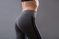 ヒップアップや体幹強化が叶う橋のポーズをご紹介していきます。1日1分で良いので、すぐにトレーニングに飽きてしまうという方にもおすすめです。続けることで身体が変わりますよ♡