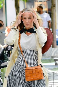 Terry De Havilland, Hippie Braids, Gossip Girl Reboot, City Outfits, Gossip Girl Fashion, And Just Like That, Carrie Bradshaw, Summer Trends, Who What Wear