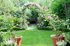 Amazing Inspiration Garden Design Ideas 7