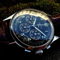 how about a Zenith Thursday ? have a great day, vintage aficionados !