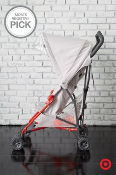 A Mom's Registry Pick, the lightweight Maclaren Mark II Stroller has an innovative chassis for increased durability. This compact umbrella stroller has an extra-large hood for superior coverage, making life with Baby a little easier.