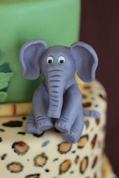 Tutorial for making an elephant and other jungle animals from modeling chocolate