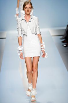 Blumarine Spring 2012 RTW - Review - Fashion Week - Runway, Fashion Shows and Collections - Vogue