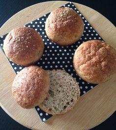Pãozinho low carb sem glúten e sem lactose! Receita no blog!