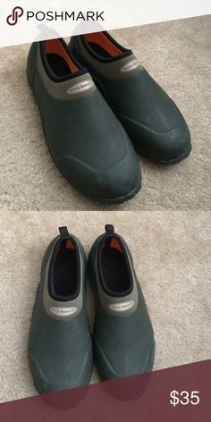 Women's Muck Boot size 9/9.5 Women's Muck Boot size 9/9.5 Muck Boot Co. Shoes Ankle Boots & Booties
