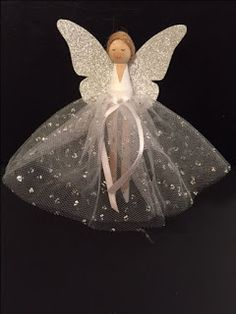 Clothes Peg doll Christmas angel Source by brigitteholzheu pin crafts Christmas Fairy, Christmas Crafts For Kids, Felt Christmas, Christmas Angels, Christmas Projects, Holiday Crafts, Christmas Decorations, Christmas Clothes, Fun Crafts