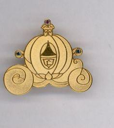 WDCC Disney Gold Princess Cinderella Pumpkin Coach Jeweled LE 500 Pin RARE