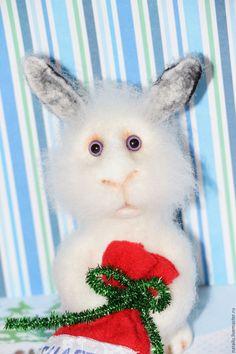 Купить Подарок от зайчика - белый, зайка, заяц, подарок, счастье, новый год 2016, новогодний сувенир